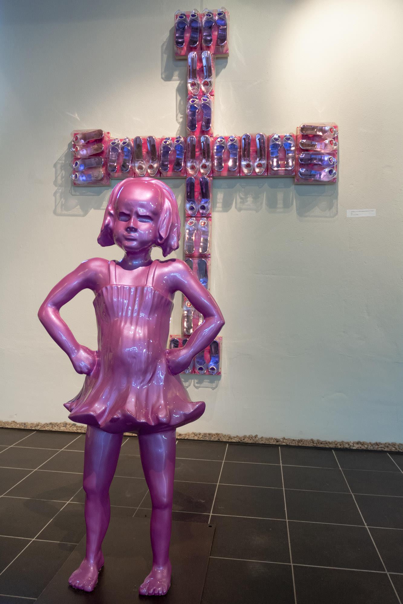Pinkes Mädchen Exponat aus Das Jagschloss Angela Schilling