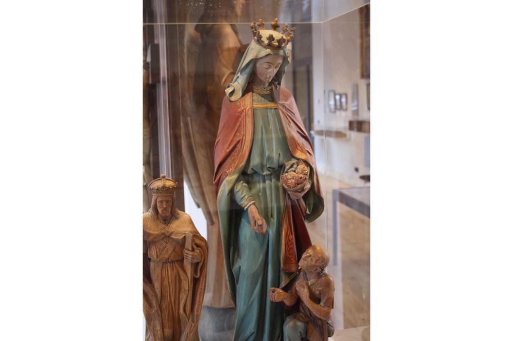 Marienstatue Dauerausstellung im Wiedenbrücker Schule Museum