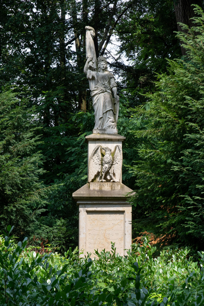 Germania, Kriegerdenkmal