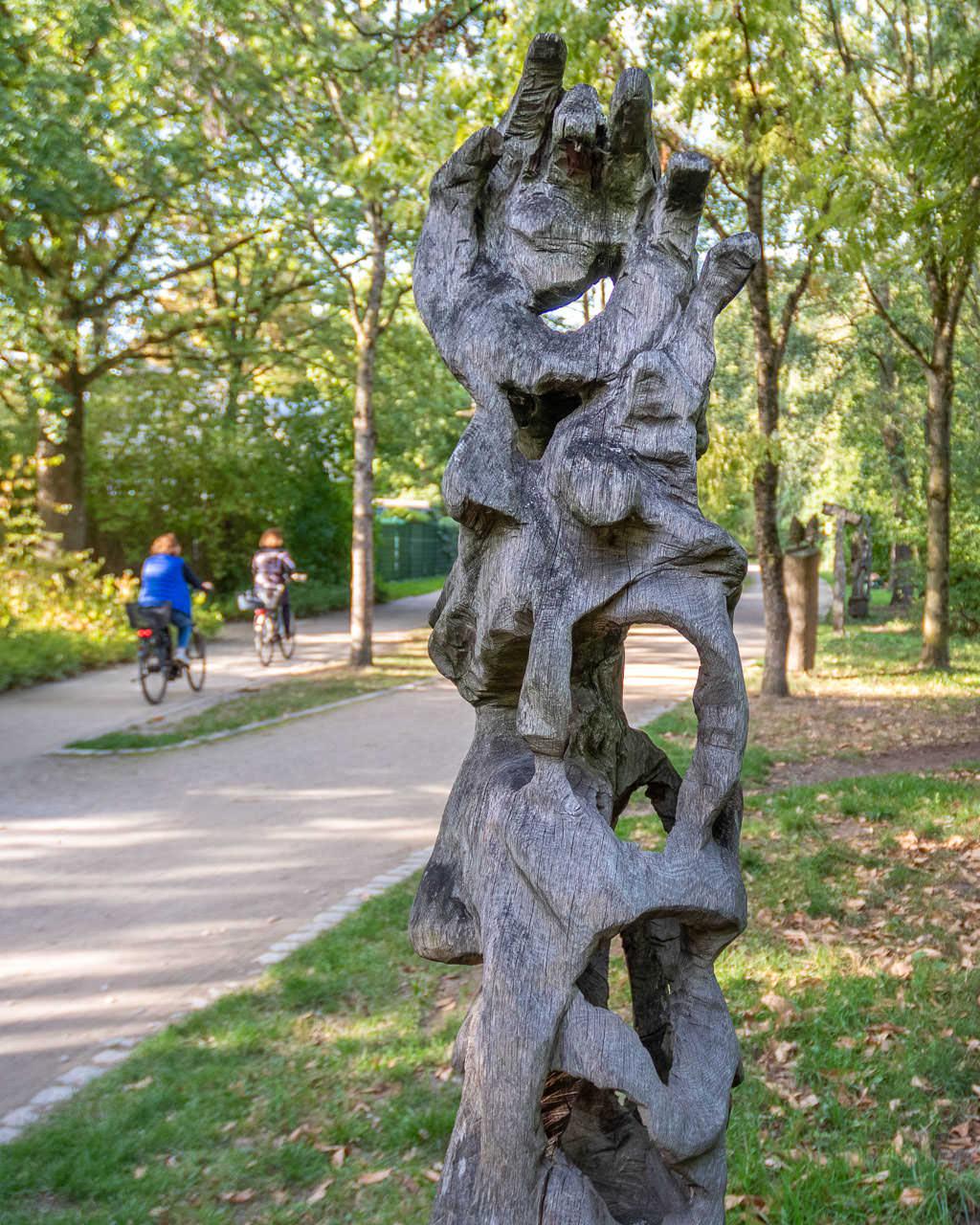 Kunst auf dem Holzweg in Rheda-Wiedenbrück
